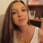 Teeny Estelle (20) sucht private Sextreffen