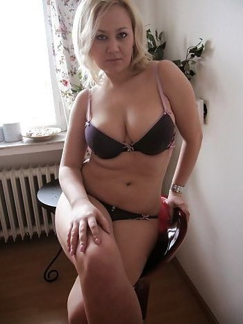Hausfrau sucht geilen Fick