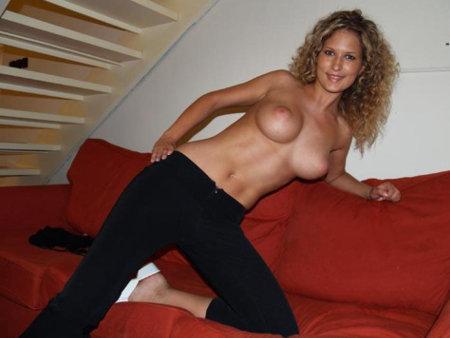 sexgeile Ehefrau sucht Gelegenheit für einen Seitensprung
