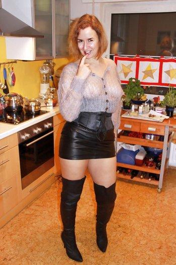 rothaarige Hausfrau