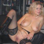 Sexgeile MILF will in den Arsch gefickt werden